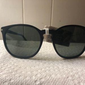 Persol Black Round Polarized Sunglasses NWT